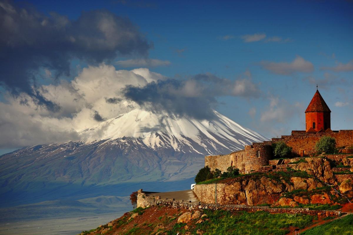 Купить электронные авиабилеты в Армению