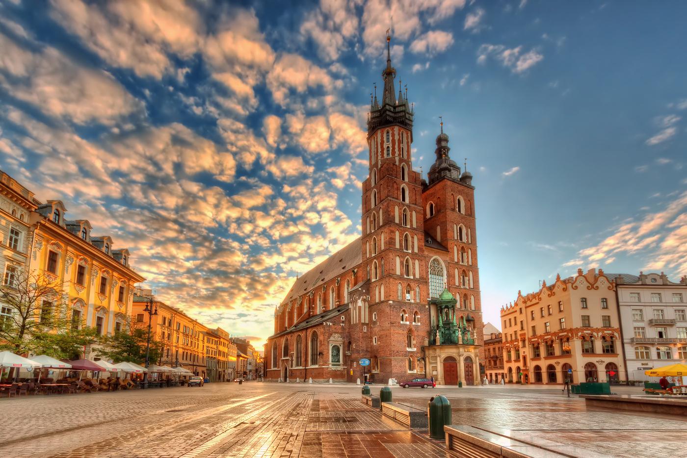 Купить электронные авиабилеты Киев — Краков