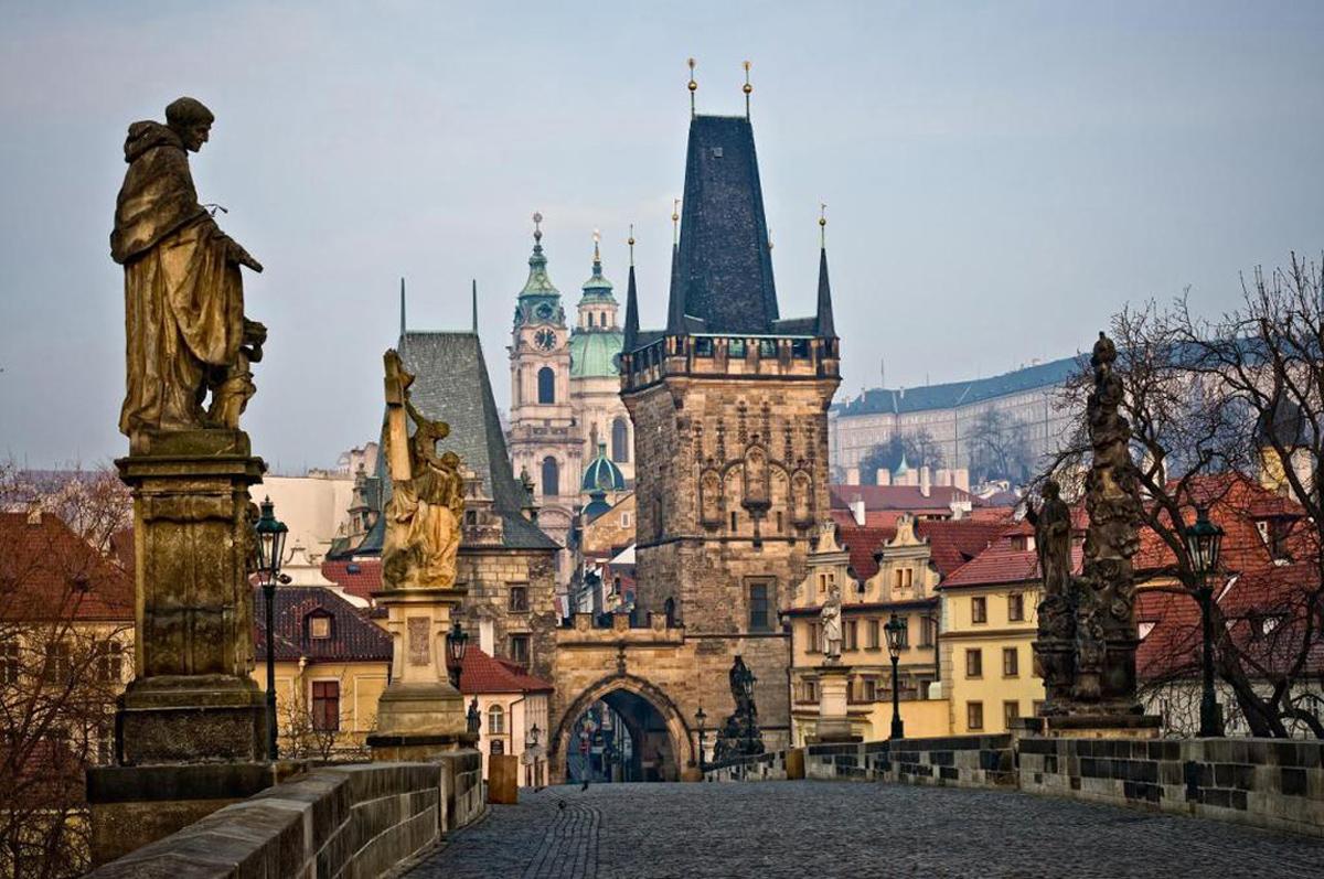 Купить электронные авиабилеты Киев-Прага