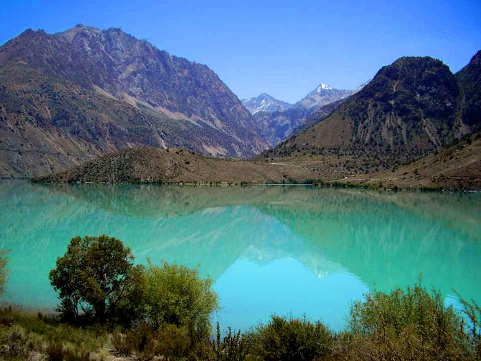 Преимущества электронных авиабилетов в Таджикистан